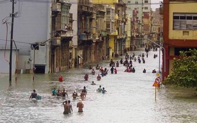 Cuba Hurricane pic